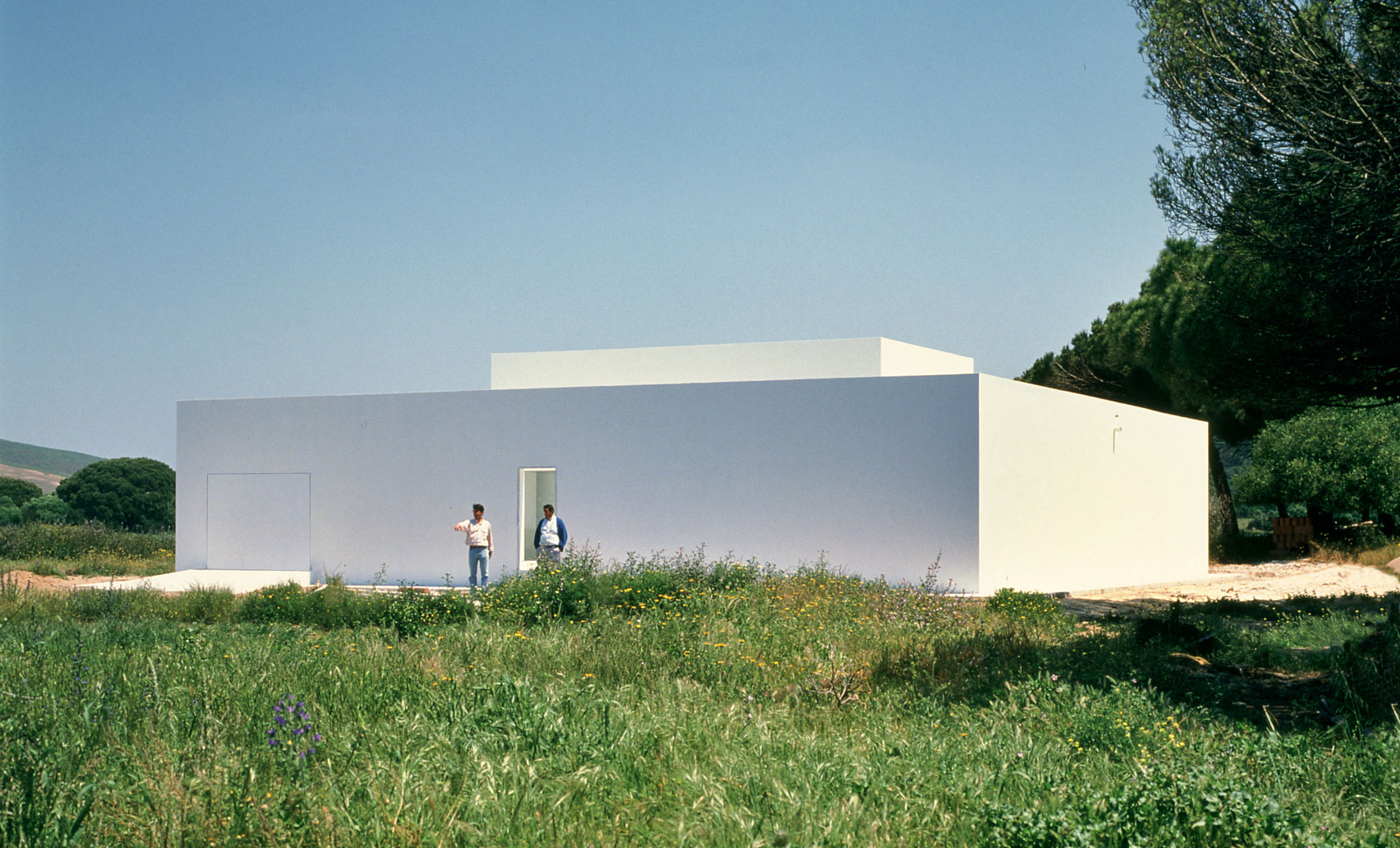 Exterior of the Gaspar house by Spanish architect Campos Baeza